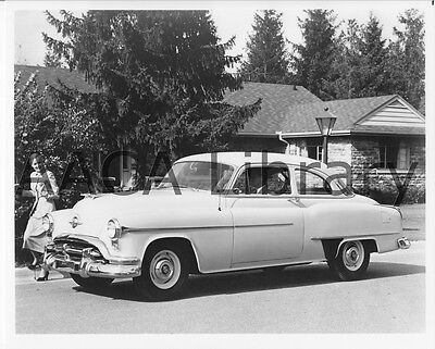 1952 Oldsmobile Deluxe 88 Two Door Sedan, Factory Photo (Ref. #60637)
