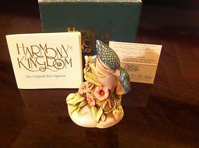 Harmony Kingdom Royal Collector Caw Of The Wild Blue Jay Porcelain Figurine Mib