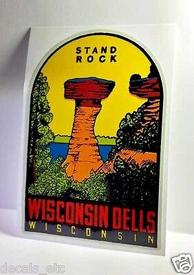 Wisconsin Dells Vintage Style Travel Decal / Vinyl Sticker, Luggage Label