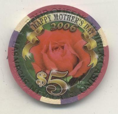 Las Vegas    Four Queens 2006 Happy Mothers Day   Casino  $5 Chip