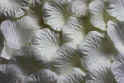 100 x IVORY SILK ROSE PETALS WEDDING CONFETTI TABLE DECORATION UK SELLER