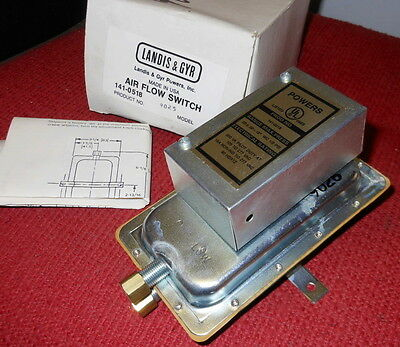 Landis & Gyr - Air Flow Switch - Product #141-0518 - Model #9025 - NEW