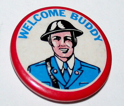 Vintage Post World War II WWII Welcome Buddy Home coming Soldier Button Pin NOS