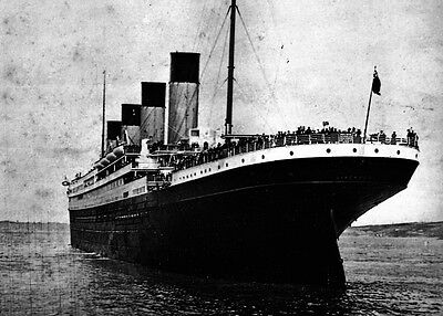 New 5x7 Photo: Stern view of the Ill-Fated White Star Liner RMS TITANIC, 1912