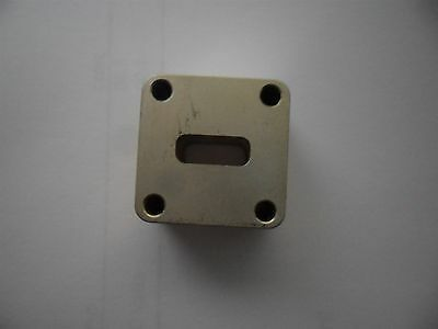 RF Microwave Waveguide Flange Adapter WR42 - WR42 18- 26.5GHz  22 x 22 x 12.7mm