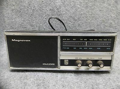 "Magnavox Solid State Table Top Radio Model 2FM015 Black WORKS 10"" Wide"