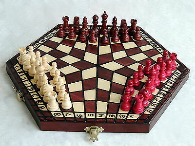 BRAND NEW BROWN HANDCRAFTED THREE PLAYER WOODEN CHESS SET + RULES 32cm