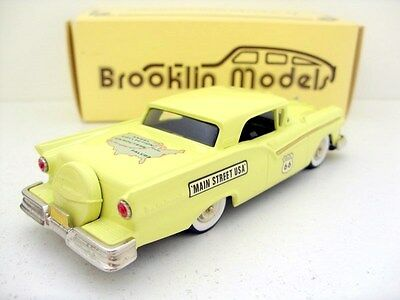 BROOKLIN 1/43 BRK35X 004 1957 FORD SKYLINER HISTORIC ROUTE 66 1993 YELLOW