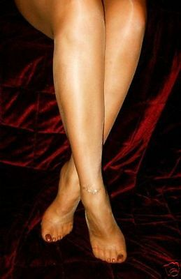 Glossy High Shine 10 Denier Pantyhose (All Sizes & Colours)