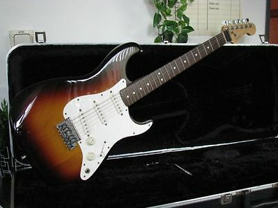 Fender Stratocaster Usa''vintage 1983''dan Smith Era Strat Sunburt