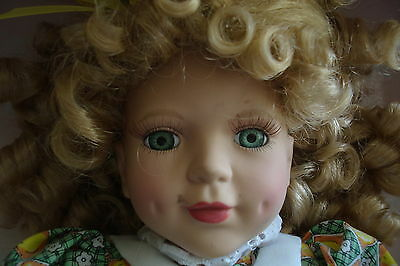 "Victorian Garden beautiful doll named Cindy Lou, 16"" tall[a*4]"