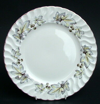 H Aynsley Silver Maple Leaf Pattern Breakfast or Sm Size Dinner Plates 24cm VGC