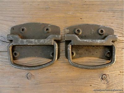 Pair Of Antique Style Heavy Duty Iron Box Chest Coffer Handle Lifting Plate Bh4 • £9.49