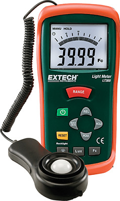 Extech LT300: Digital Light Meter 20,000 Fc / 200,000 Lux