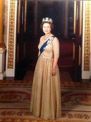 HRH Queen Elizabeth II at Buckingham Palace - Lg Colour Photo of Her Majesty