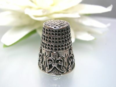 Vintage Handmade 925 Sterling Silver Thimble antique design, 6.3 gram year 1980s