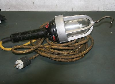Lind 25' Explosion Proof Incandescent Hand Lamp XP162-25P