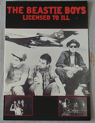Carte Postale Postcard - THE BEASTIE BOYS - Licensed To ill -