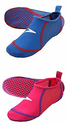Speedo Junior Pool Socks Pink Or Blue (For Shoe Sizes 10-13 & 1-4)