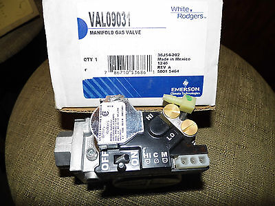 WHITE ROGERS VAL09031 MANIFOLD GAS VALVE