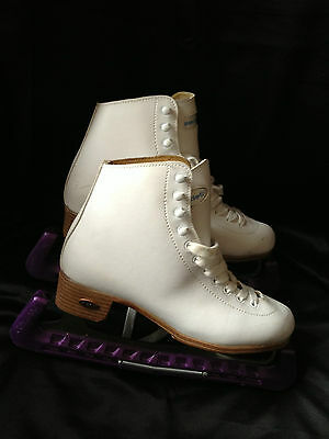 Riedell Ice Skates ~ 112W ~ White ~ Size 6 ~ As New ~ Barely Worn