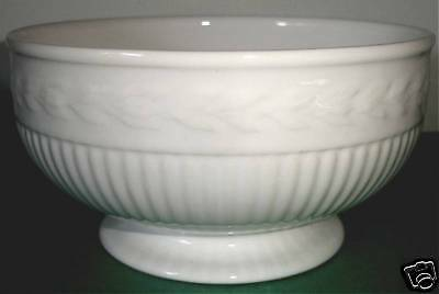 """Wedgwood EDME All Purpose Bowl Footed Embossed 6"""""""