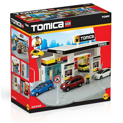 Childrens Tomy Tomica Hypercity Filling Petrol Station Diecast Car Toy - 85306