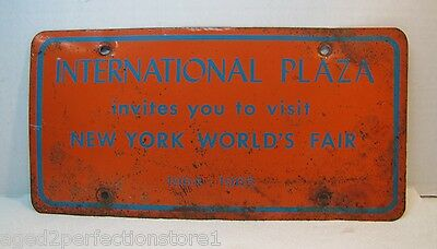 1964-65 NYWF Vanity License Plate International Plaza New York World's Fair vhtf