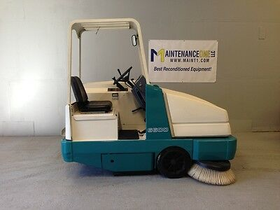 Tennant 6600 Rider Sweeper Re-Manufactured - FREE SHIPPING*
