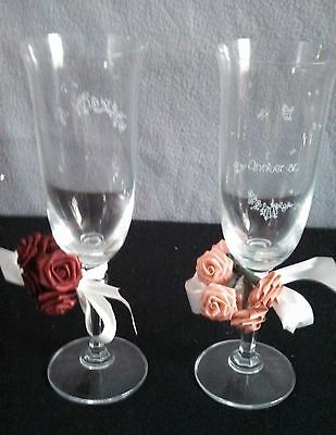 PAIR OF ANNIVERSARY CHAMPAGNE FLUTE GLASSES WITH FLOWERS