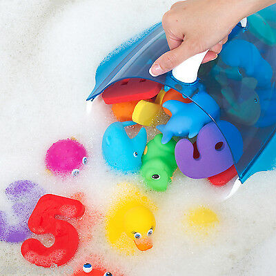 Munchkin Bath Toy Scoop - Picks up Baby Toddler Toys From Bath in One Scoop