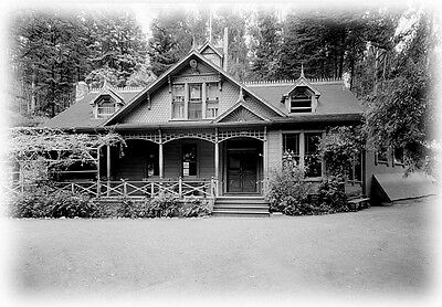 Spacious Victorian country house, huge porch, architectural drawings & details