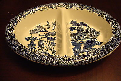 Churchill of England divided tray in the WILLOW BLUE pattern/ Staffordshire[a*4]