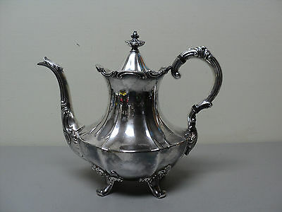 """Nice Reed & Barton Vintage Silver Plate """"victorian"""" Pattern Coffee Pot"""