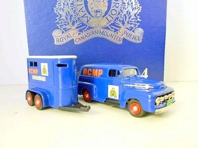 BROOKLIN 1/43 CTCS 1994 SET- THE MUSICial RIDE - royal canadian mounted police