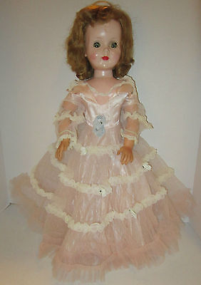 """American Character 1950's  24"""" SWEET SUE  needs some fix up - orig dress in VGC"""