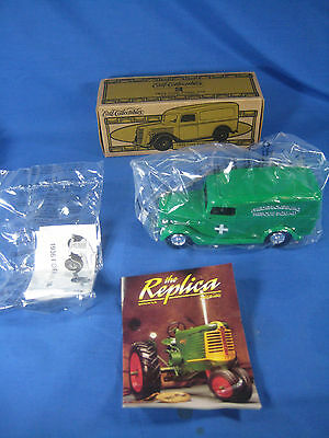 ERTL COLLECTIBLES 1936 FORD Panel Van Fredericksburg Rescue Squad DIE CAST BANK