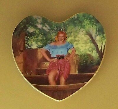 Loving Lucy SOAKING UP LOCAL COLOR Plate TV Series I Love Lucille Ball Heart