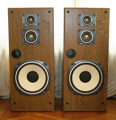 Pair of Large Vintage JVC SP-333WD Speakers. Great Condition. Big Sound!