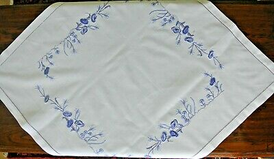 Vintage style, hand embroidered table cloth (blue)