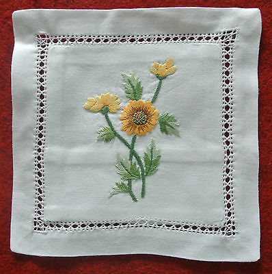 Hand embroidered lavender sachet/bag/pillow (design 3)