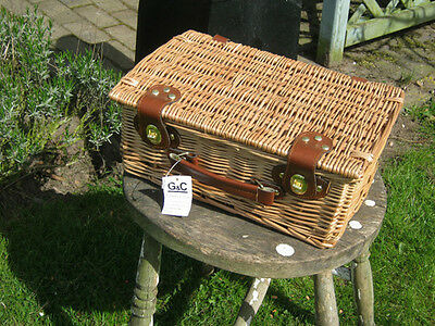 Wicker Hamper Picnic Storage Basket And Carry Handle