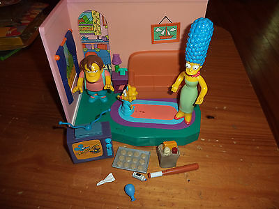 World of Springfield Interactive Playset Simpsons Living Room Marge Maggie Nelso
