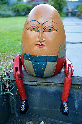 FANTASTIC HANDCARVED WOODEN HUMPTY DUMPTY VINTAGE STYLE ARTICULATED FIGURE