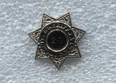 Lincoln County Sheriff Mini Badge 25  Year Service Pin, Silver Colored