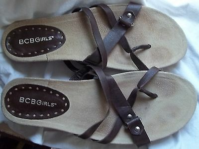 z- SHOES WOMENS SZ 8 SANDALS BY BCBGIRLS GENTLY USED BROWN LEATHER OPEN TOE