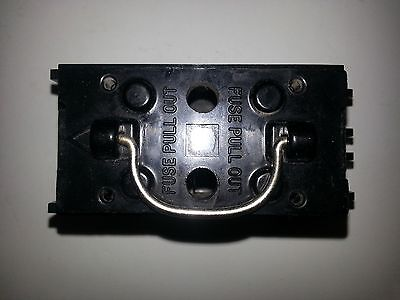 General Electric 30 amp fuse block with pull out TRC230