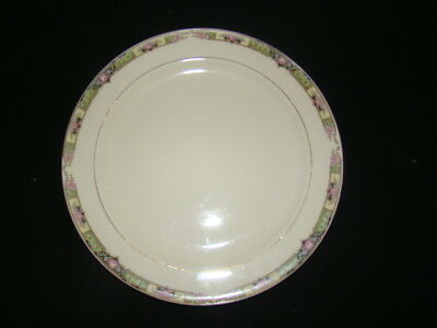 KNOWLES CHARTREUSE LOT OF 3 DINNER PLATES