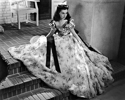 """New 8x10 Photo: Vivien Leigh Stars as Scarlett O'Hara in """"Gone with the Wind"""""""