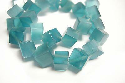 1 strand 35 pieces 8-9mm cubic shape  cat eye glass beads-9095
